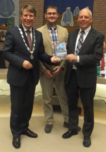6-11-2014 boek burgemeester groot